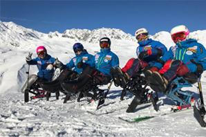 チェアスキー日本代表チーム海外遠征中の様子